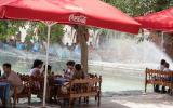 Der Platz Labi Xauz, angelegt 1620. Bis ins 20. Jhd. gab es in Buchara mehr als 100 dieser Wasser-Becken.